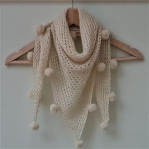 Woolly Chic Natural HeartSpun Shawl Kit