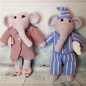 Elephant Couple in Nightwear Yarn Pack