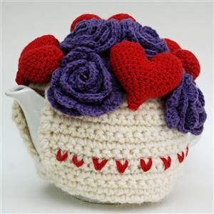 Woolly Chic Hearts and Flowers Crochet Tea Cosy Kit