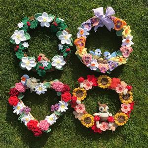 Adventures in Crafting  Seasonal Wreaths Kit: Spring, Summer, Autumn, Winter SAVE £10