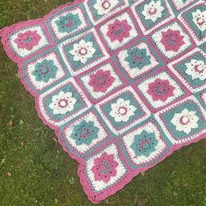 Marriner Crochet Flower Garden Throw Kit
