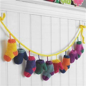 Stocking and Mittens Garland Crochet Kit